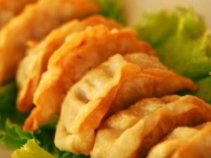 Китайские пельмени (жареные)