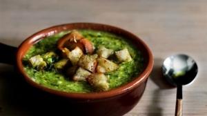 Суп зеленый с кинзой, чили и говядиной