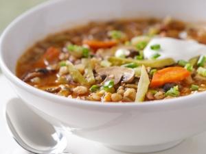 Ячменный суп с пряностями
