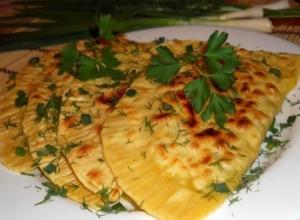 Лепёшки с сыром и зеленью
