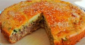 Заливной пирог с мясом и луком