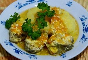 Рецепт минтая в сметанном соусе в мультиварке
